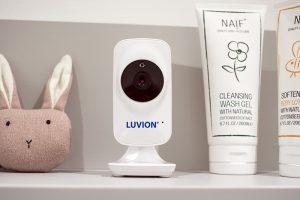 Luvion-Icon-Deluxe-White-camera-sfeer01