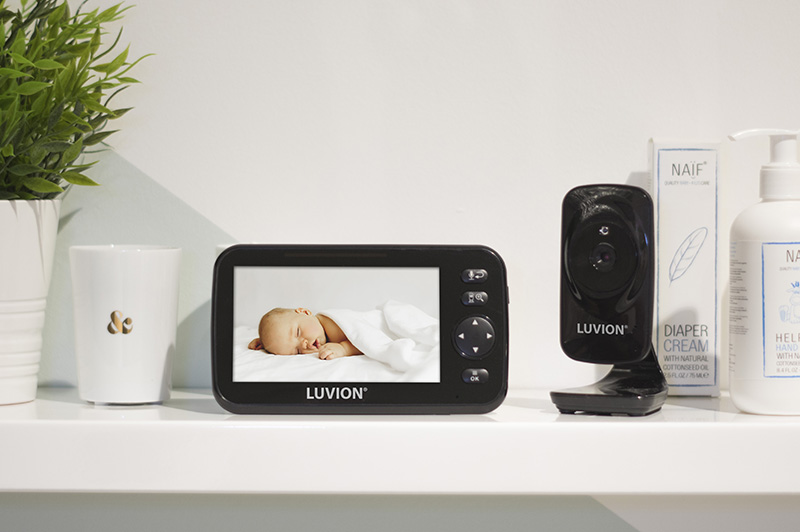 Luvion-Icon-deluxe-black-edition-set-sfeer